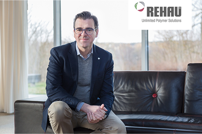 Director Controlling Division Automotive (m/w/d) - Rehau - Head